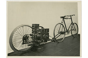 Bicycle equipped with Lauro engine