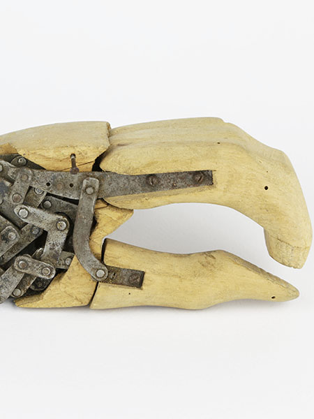 Giuliano Vanghetti, Prototype of hand prosthesis, end of the 19th century.