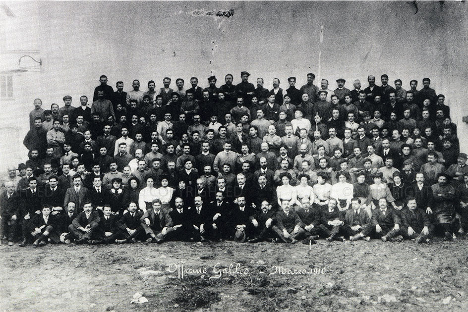 Officine Galileo's workers in March 1910