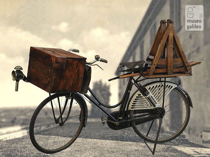 The wool carder's bicycle
