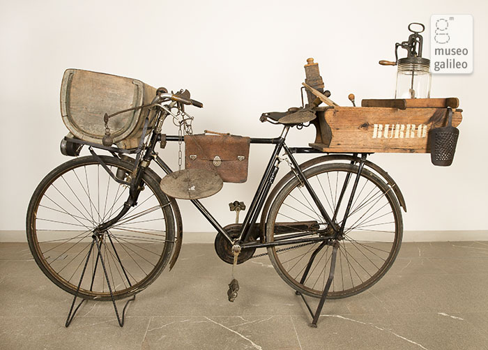 The dairyman's bicycle